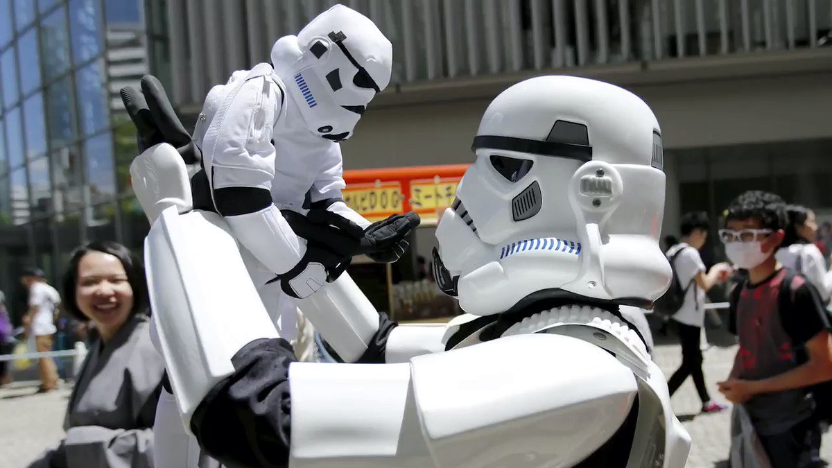 #MayThe4thBeWithYou Here's a selection of @reuterspictures' favorite images of #StarWarsDay from around the world https://t.co/l40YFK6hl9