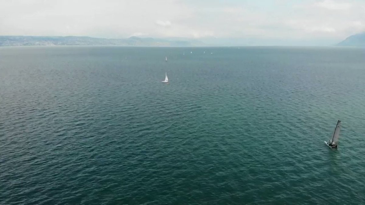 ICYMI: Hundreds of boats line up on Lake Geneva for a border art project https://t.co/FpxUnv5fwL