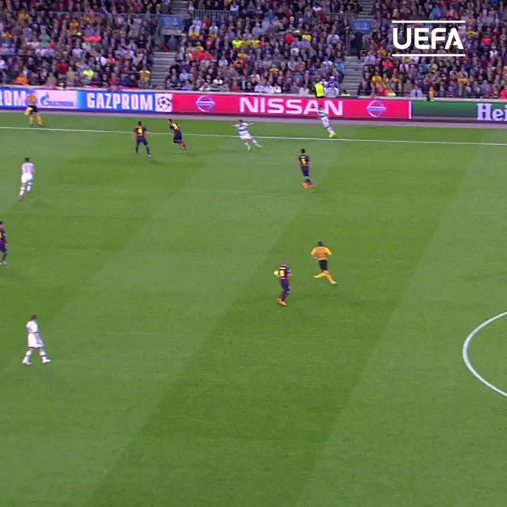 🗓️🔙 #TalDíaComoHoy en 2⃣0⃣1⃣5⃣  𝓜𝓮𝓼𝓼𝓲  🆚 Bayern  #UCL  | #OTD | @FCBarcelona_es https://t.co/QnCo3Vxwn7