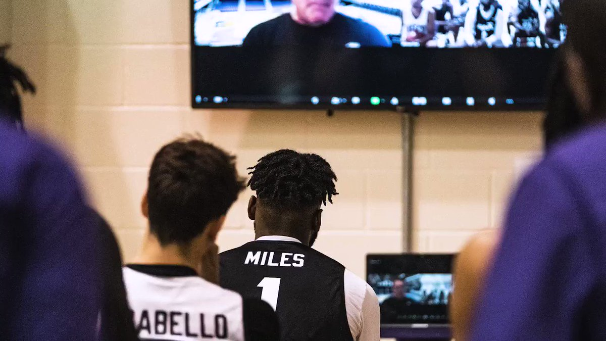 """🗣 """"The talent is in this gym"""" - @franfraschilla  #GoFrogs https://t.co/6tb8dgCdK4"""