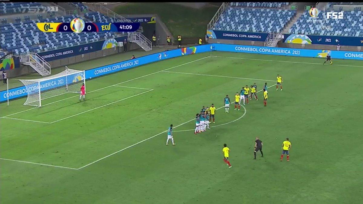 RT @TSN_Sports: A creative set-piece goal gives Colombia a 1-0 lead over Ecuador at Copa America. https://t.co/oU3r2wQnEC