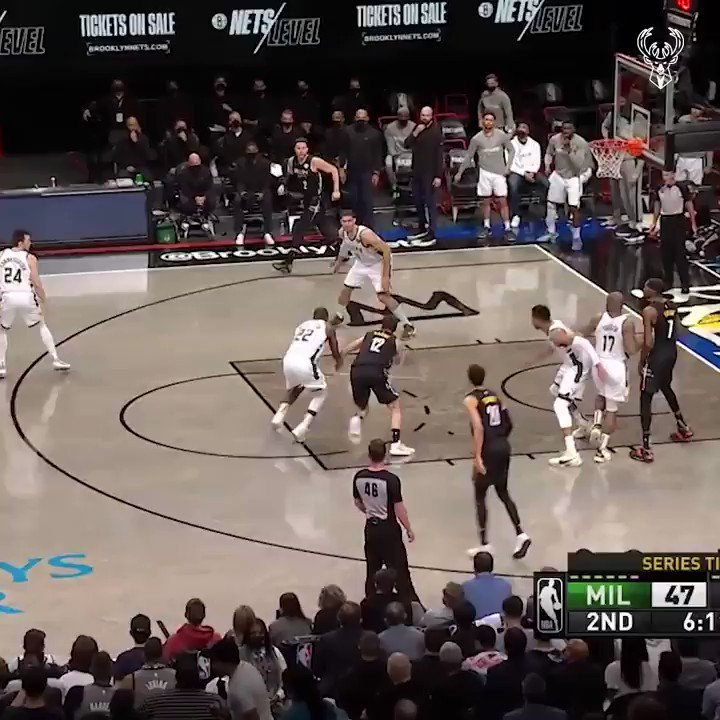Defense ⏩ Offense  @Fiserv Fastbreak presented by Twisted Plants MKE!!!   Fiserv is helping small businesses get #Back2Business, learn more at https://t.co/RDtaf7F7sr https://t.co/jiHTGhbsD2