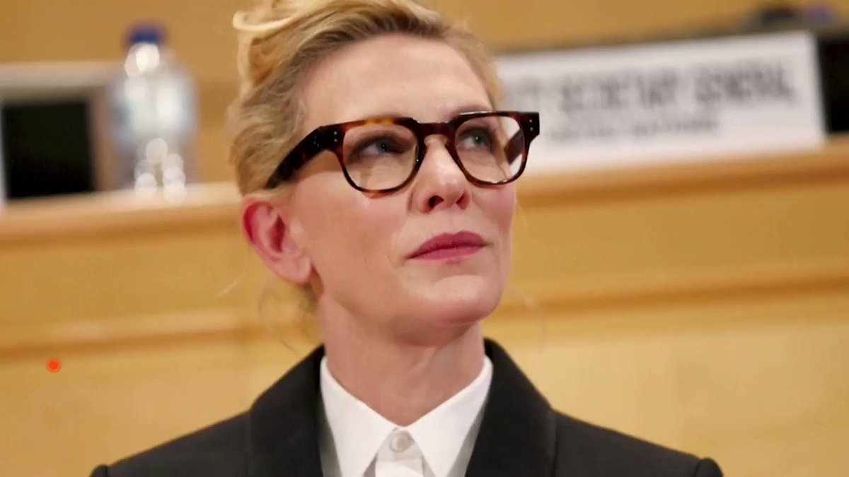 As the world grapples with unpredictability, this year's #WorldRefugeeDay offers a chance to reflect on the uncertainty faced by refugees, actor Cate Blanchett, a goodwill ambassador for the U.N. refugee agency, told Reuters https://t.co/CJUd2rS9Hm https://t.co/CI4AiGaQzp