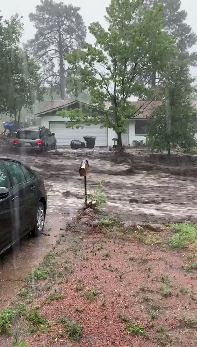 RT @KOLDNews: Wow! Check out the flood waters in Flagstaff dragging a car down the road!  Source: Taylor Landy https://t.co/iu5Tzns0JQ