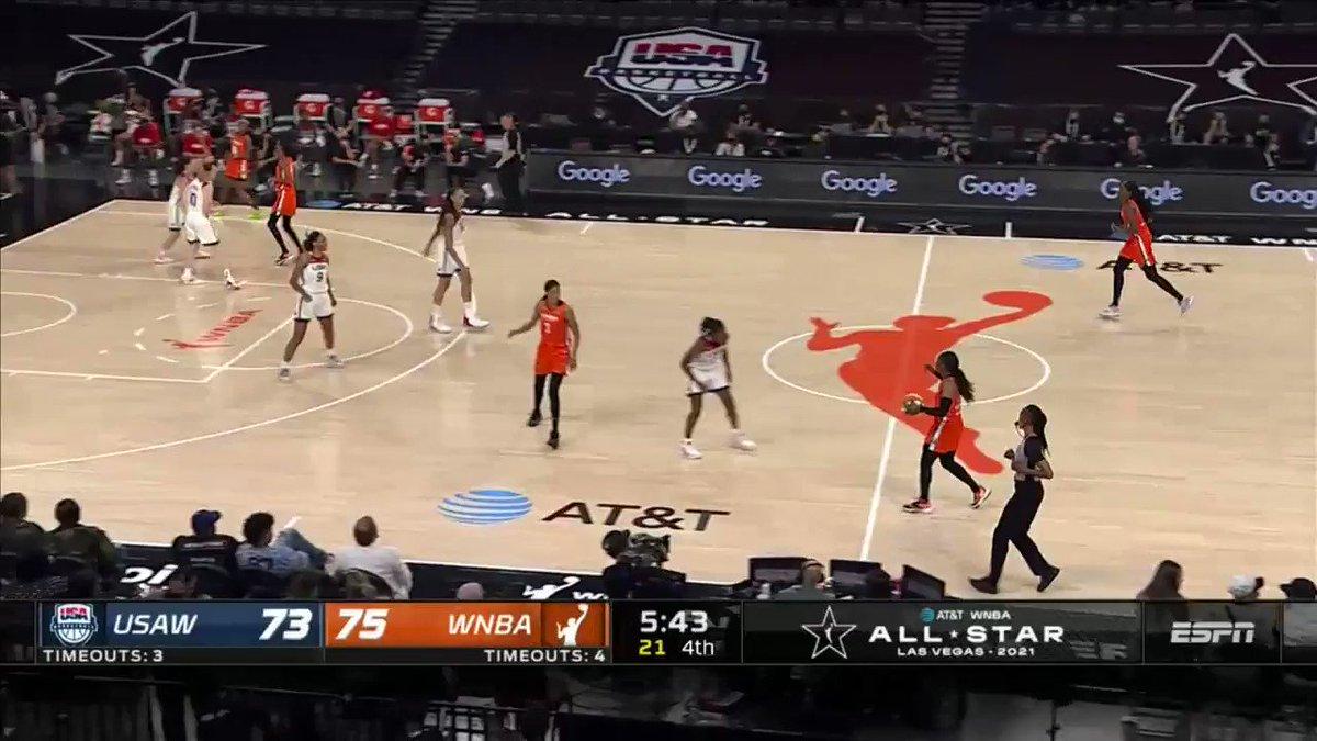 ARIKE IS HOOPIN'  Going for that MVP 🏆  (via @WNBA) https://t.co/MpYqARUBCd