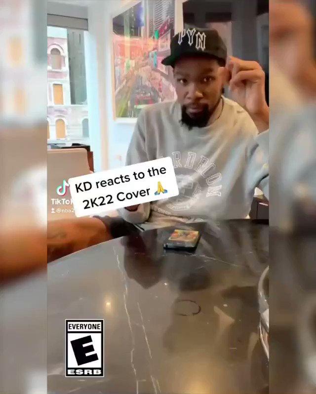 These athlete reactions to making the #NBA2K22 cover 🔥  @BRGaming  (via @NBA2K) https://t.co/vJa9UkPIgQ