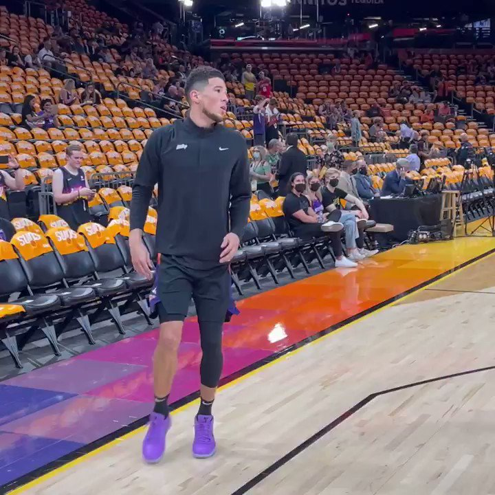 Book getting loose for Game 5 of the #NBAFinals on his home court ☀️  📺 9 ET on ABC https://t.co/qoNvPgHPw7
