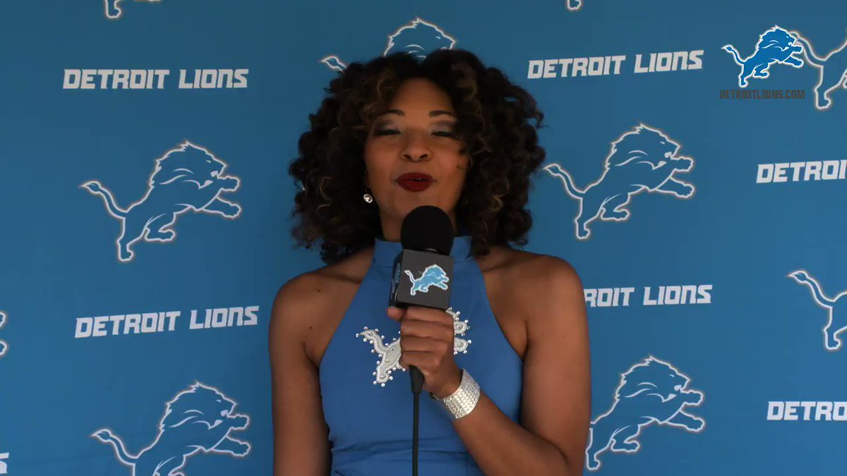 The #Lions honored 8th grade students from @DetLionsAcad being promoted to high school with a virtual ceremony and an in-person celebration. https://t.co/IYNfixl4Dz