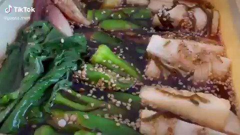 ご飯が進む野菜漬けが病みつきになるらしい…   https://t.co/Krkx86Q56c