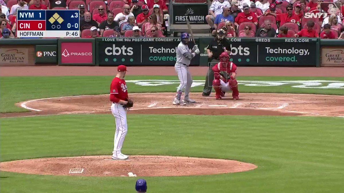 @MLBONFOX's photo on Dom Smith