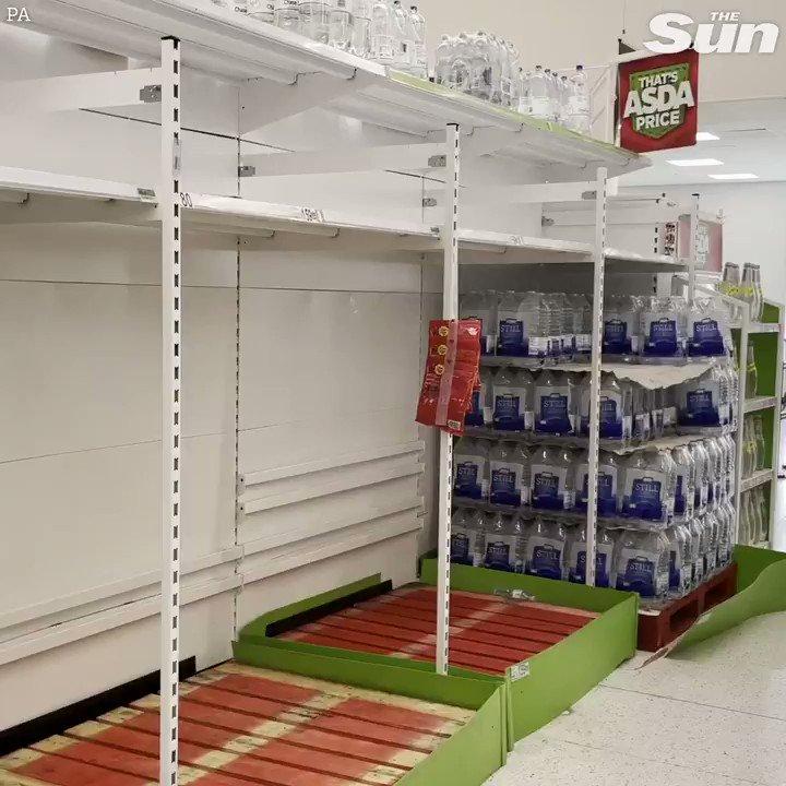 Panic Hits UK as Supermarket Shelves Go Bare Gt580-MJkJSSI8xf