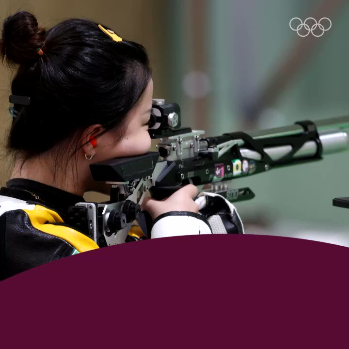 We have the first Olympic champion of #Tokyo2020!  China's Yang Qian takes gold 🥇 with a new Olympic Record of 251.8 points.  #Shooting @ISSF_Shooting https://t.co/t0UVwUfXRP