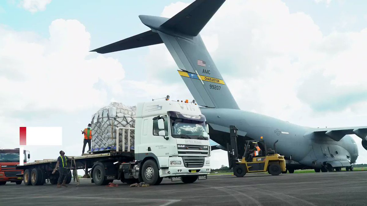 .@Southcom donated a portable field hospital to aid the 🇸🇷 Suriname Ministry of Health in the fight against #COVID-19. https://t.co/9nuV3F7FT6