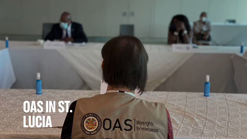 EOM #OASinStLucia continues observing the preparations for the July 26 general elections.   🗳Comprised of 12 people of 10 different nationalities 🇱🇨Deployed in 17 constituencies 🔎Third time the OAS is observing elections in #StLucia https://t.co/RM1wz1fnEl