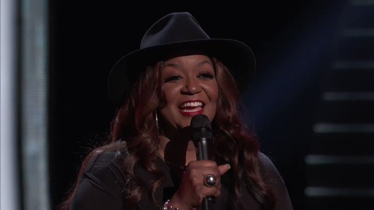 Two words to describe this week's premiere of @NBCTheVoice: Sizzling butter! 🧈😜 Y'all don't want to miss it!! Night one starts in just a few hours on @NBC. #TeamKelly #TheVoice #VoicePremiere https://t.co/2GFW8mKGqi