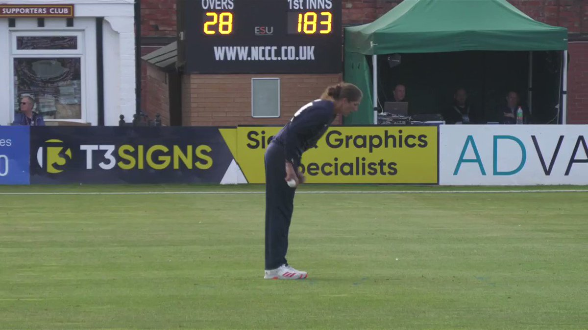 It's all to play for in the #RHFTrophy final!  Jenny Gunn dismisses Gaby Lewis for 24.   📺 Watch LIVE ➡️ https://t.co/3PzNUt9v8x https://t.co/zBfaRxPkcx