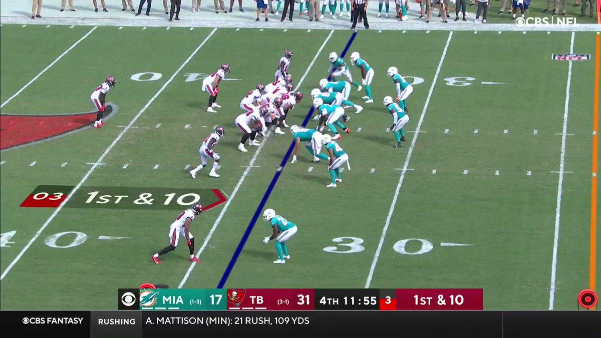 RT @barstoolsports: Tom Brady. Unreal.  https://t.co/Fp63UKlGtn