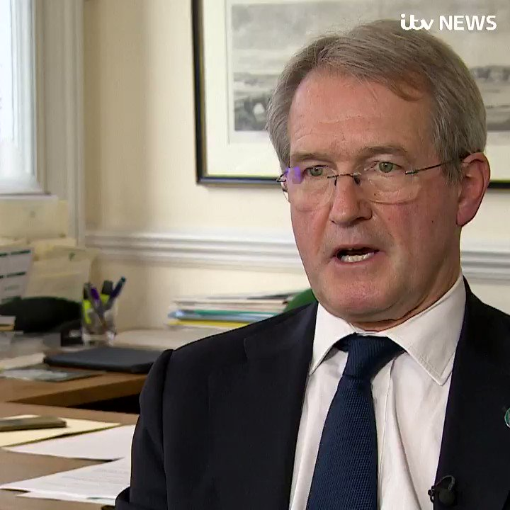 'The manner in which this inquiry was conducted led to my wife's suicide'  Owen Paterson MP says a probe into his lobbying 'was a major element' in his wife's suicide  He faces a 30-day Commons ban after being found to have breached lobbying rules itv.com/news/2021-10-2…