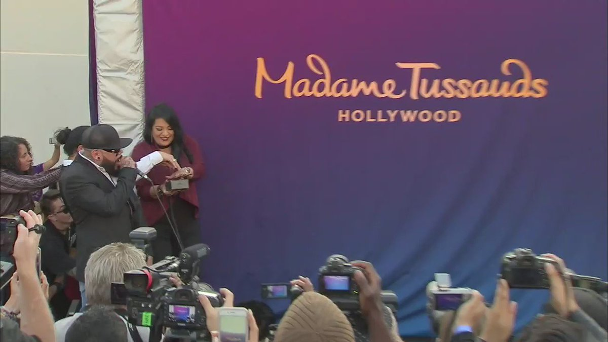 Family of Selena Quintanilla unveil wax figure of late pop icon at @TussaudsLA