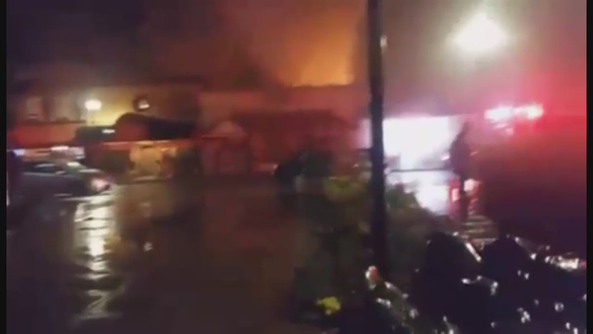 WHOA -- explosive moment at Arlington fire, video by Emmanuel Bucio