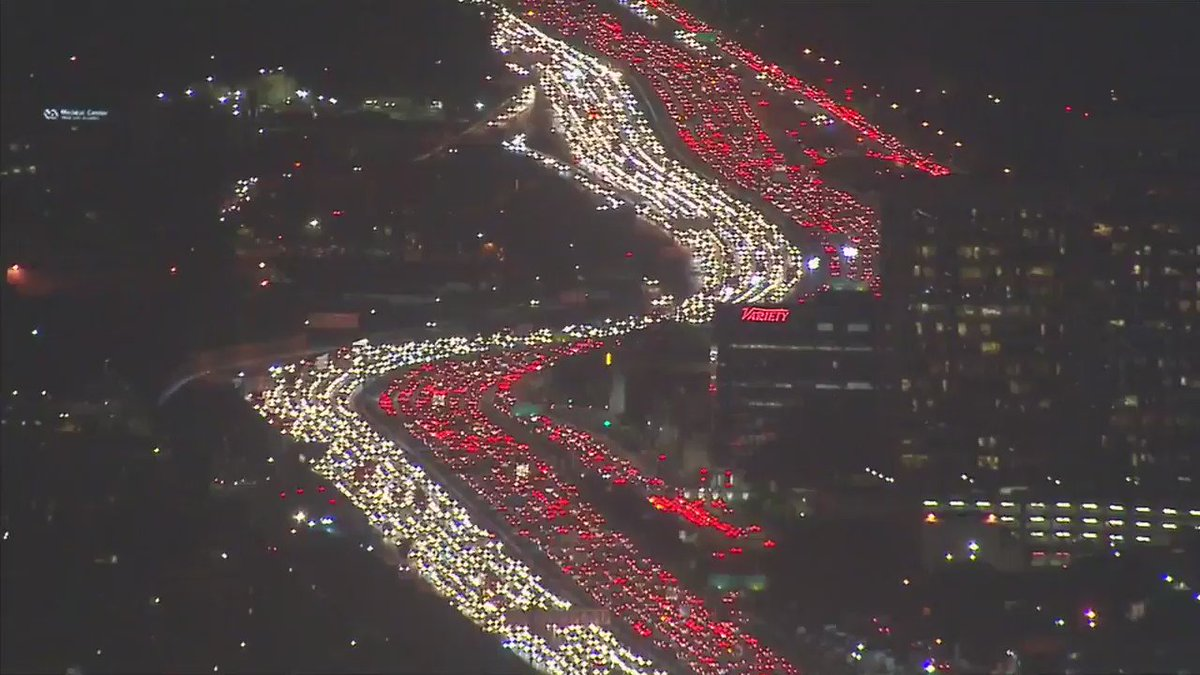 Holiday traffic in LA right now https://t.co/QzQwGu3riG