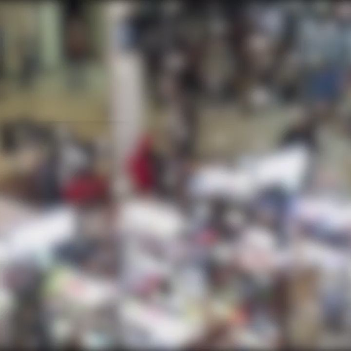 A #blackfriday fight broke out at the vintage faire mall in modesto,  california - scoopnest.com