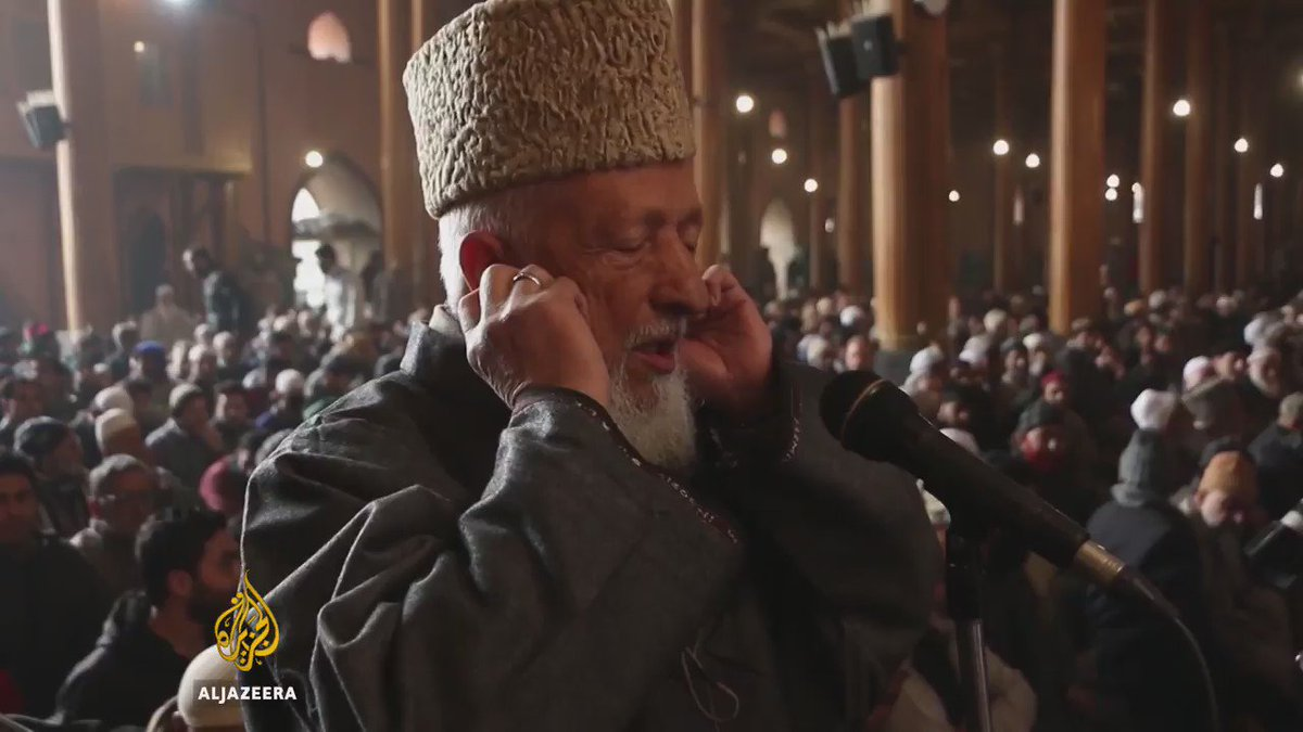 These people in Kashmir hadn't been allowed to pray in Srinagar's Grand Mosque since July.