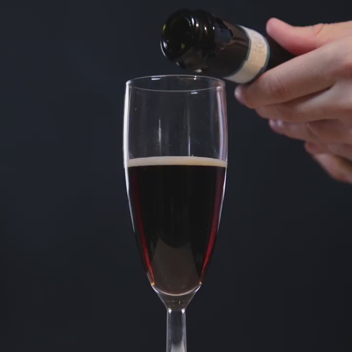 You thought Champagne couldn't be improved? We think differently. #BlackVelvet https://t.co/LU7cN9XxHQ https://t.co/LcX0gUWd9H