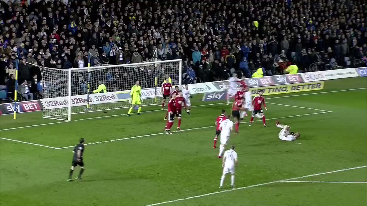 Bored of Souleymane Doukara's strike yet, @LUFC fans?  Thought not.  So here it is on loop.
