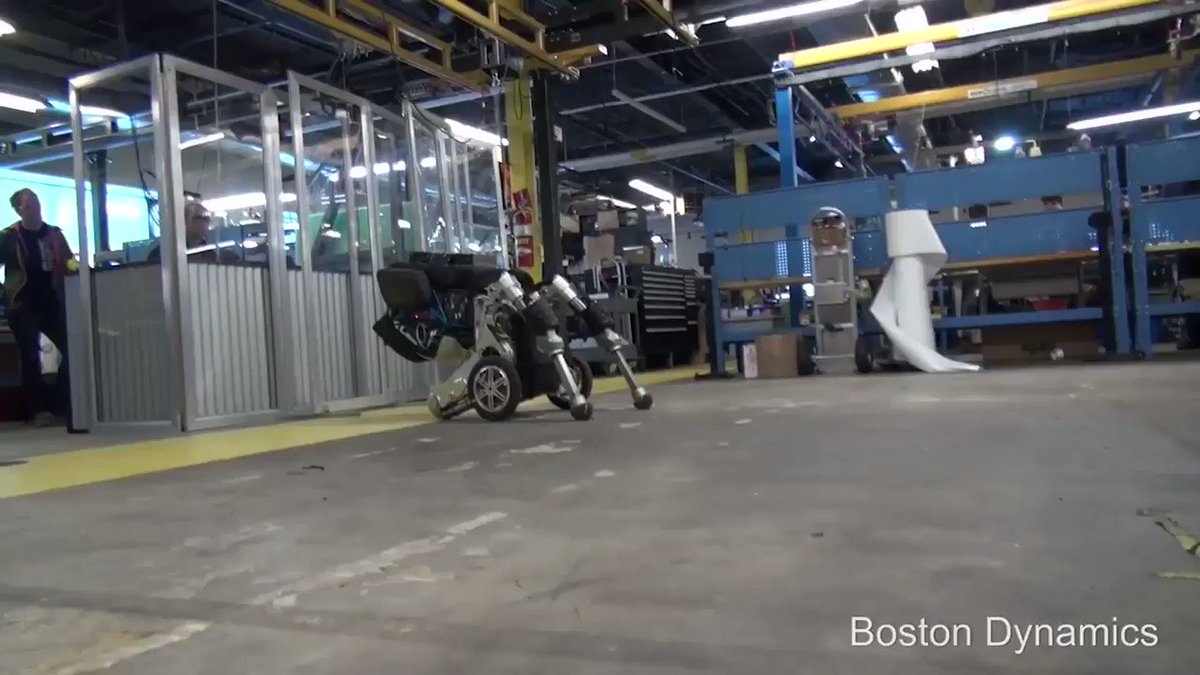 Boston Dynamics has a new robot, and it can jump four feet in the air https://t.co/I8s6L5u1lf https://t.co/00okXYb3Rv