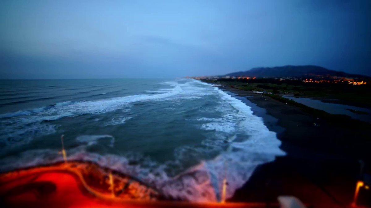 Buenos días #Andalucía. Así amanece en la tierra con más futuro y mayo...