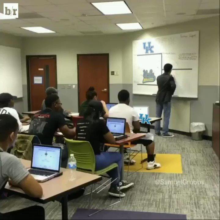 Kentucky schools UCLA to advance to the Elite 8! (Remake @SamuelGrubbs...