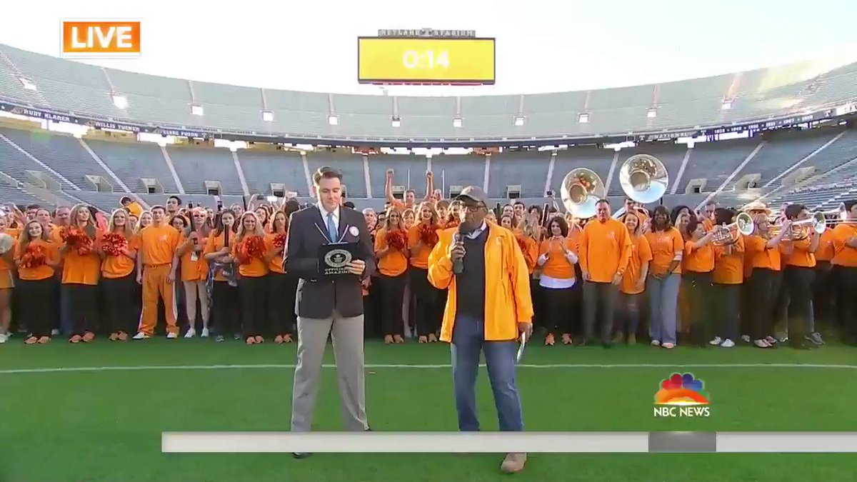 Congrats to @UTKnoxville on their Guinness World Records title for lar...