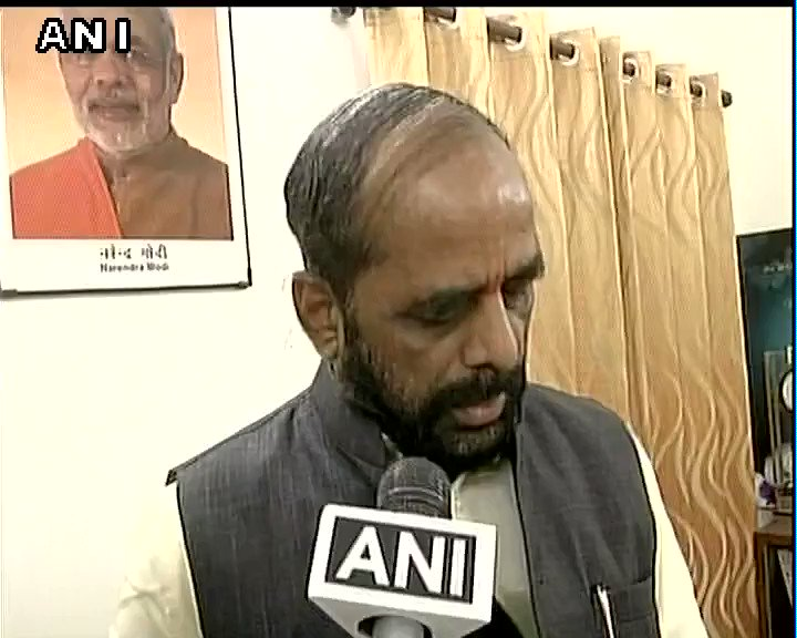Video: Minister of State for Home Hansraj Ahir talks about current situation in Jammu and Kashmir