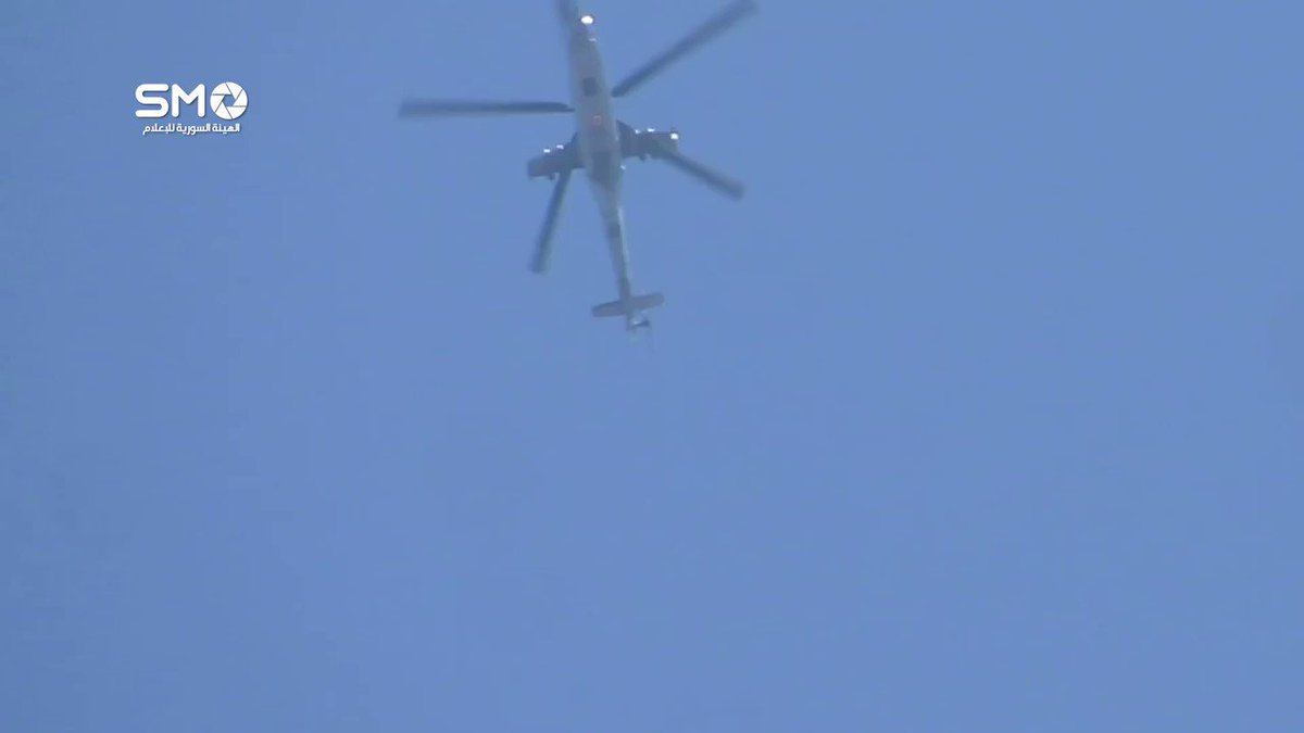 Syria - Daraa: helicopters flying over the city