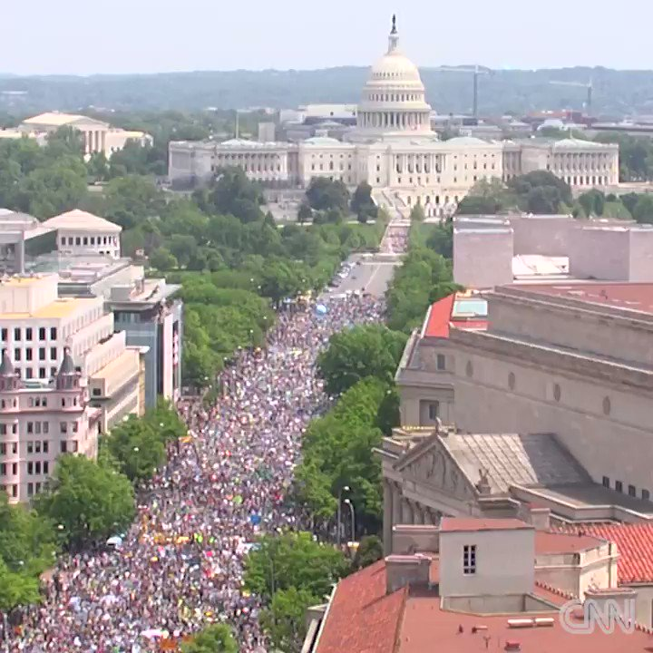 RT @AdamParkhomenko: A minimum of 200,000+ marching in #climatemarch in DC.  https://t.co/QVURCQfNAr