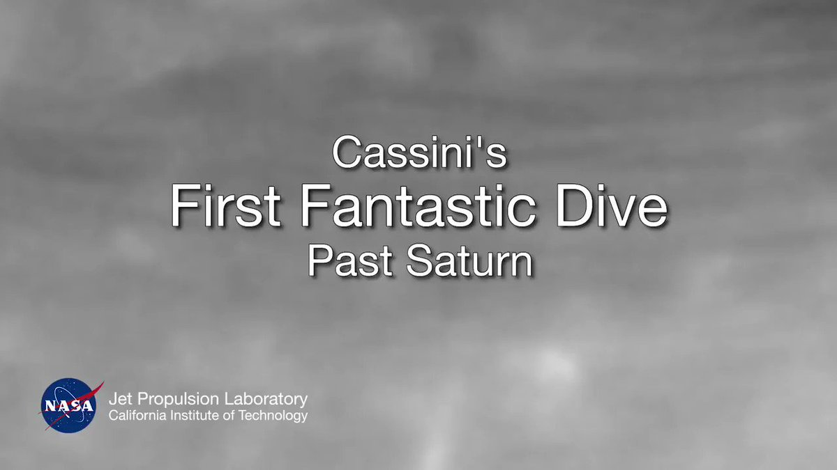 Take a dive between Saturn and its rings to see what @CassiniSaturn spacecraft saw during its 1st plunge on April 26 https://t.co/oDMeJy2j45
