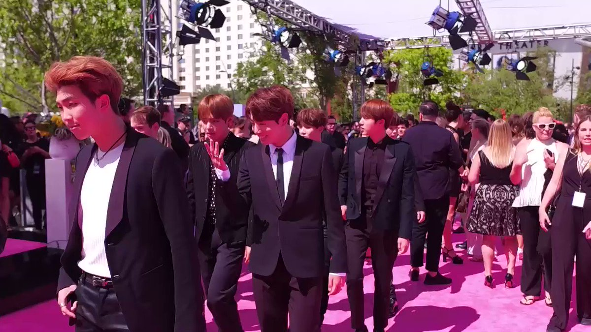 The squad is ALL here! 🙌 @BTS_twt #BBMAs