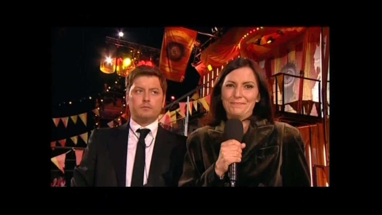 RT @bigblagger: THROWBACK! Channel 4 give @thisisdavina an emotional farewell 😭 #CBB https://t.co/RiAIlGji4J