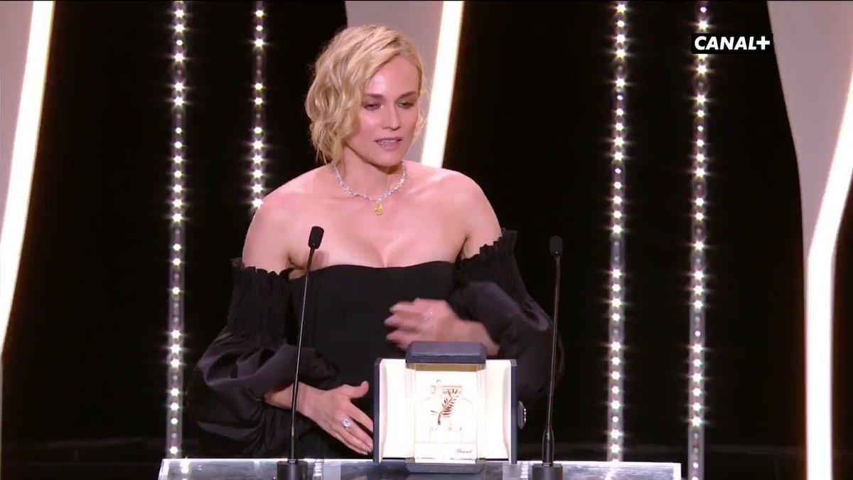 #DianeKruger (Prix d'Interprétation féminine) 'Je suis submergée par l'émotion' #InTheFade #Cannes70 #Cannes2017