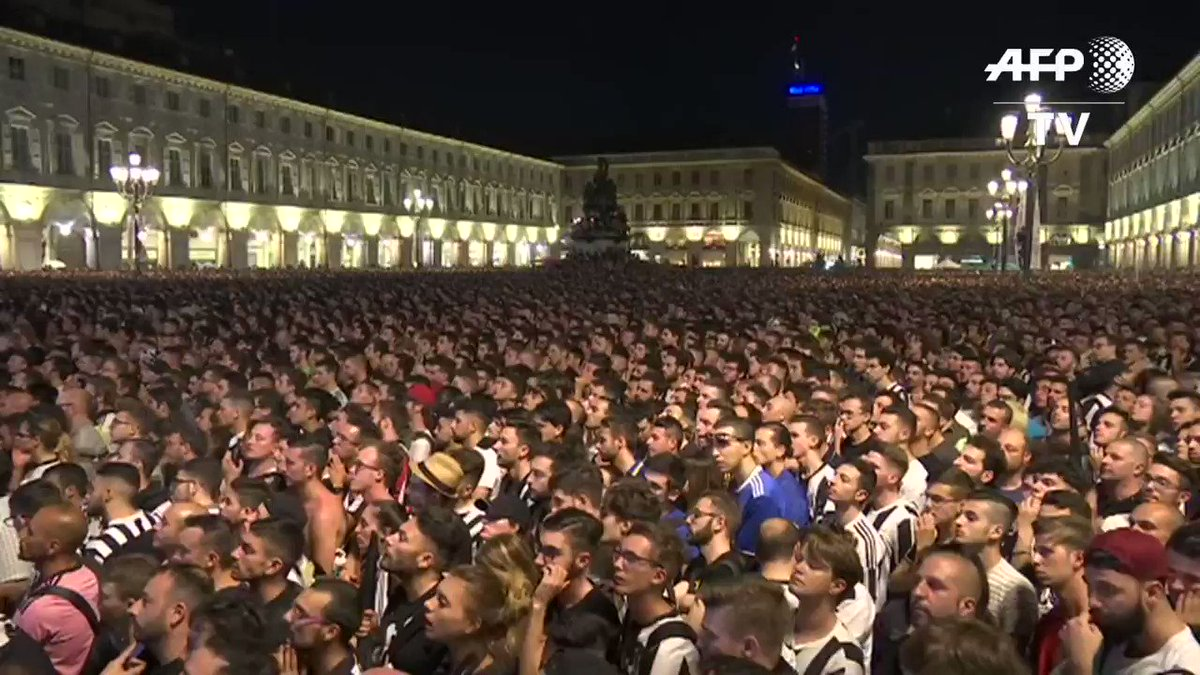 200 injured in Juventus fan panic after bomb scare https://t.co/QYJEQtLY3Q