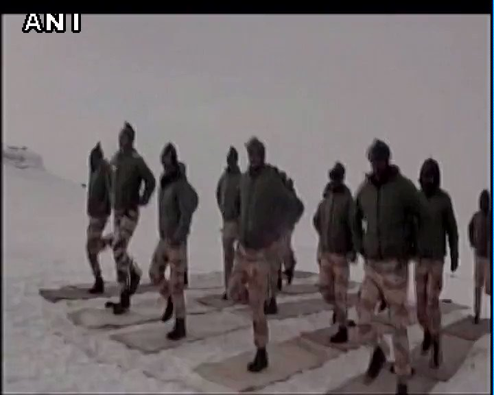 #WATCH ITBP jawans doing Yoga at nearly 18000 feet in Ladakh in -25 degrees #InternationalYogaDay