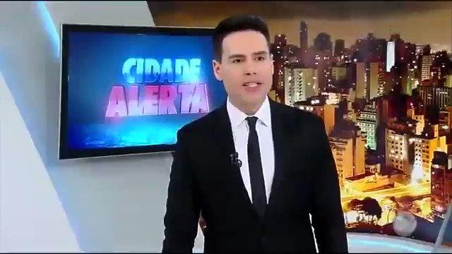 Cachorrinho fujão quase causa acidente em avenida 😧🐶. Veja os destaques do #CidadeAlerta https://t.co/Xx3UBD6SCc