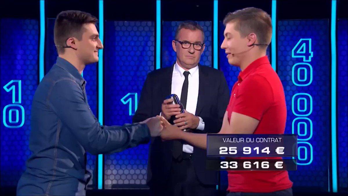#TheWall  Le baiser de la VICTOIRE ! 😘👏 Ce soir, Jérôme et Jérémy repa...