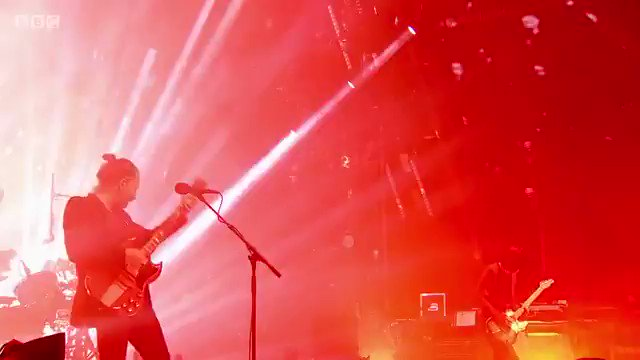 Epic. 🙌 #Radiohead at #Glastonbury2017. 😍🎸🎶 https://t.co/0tdsvzEHeI ht...