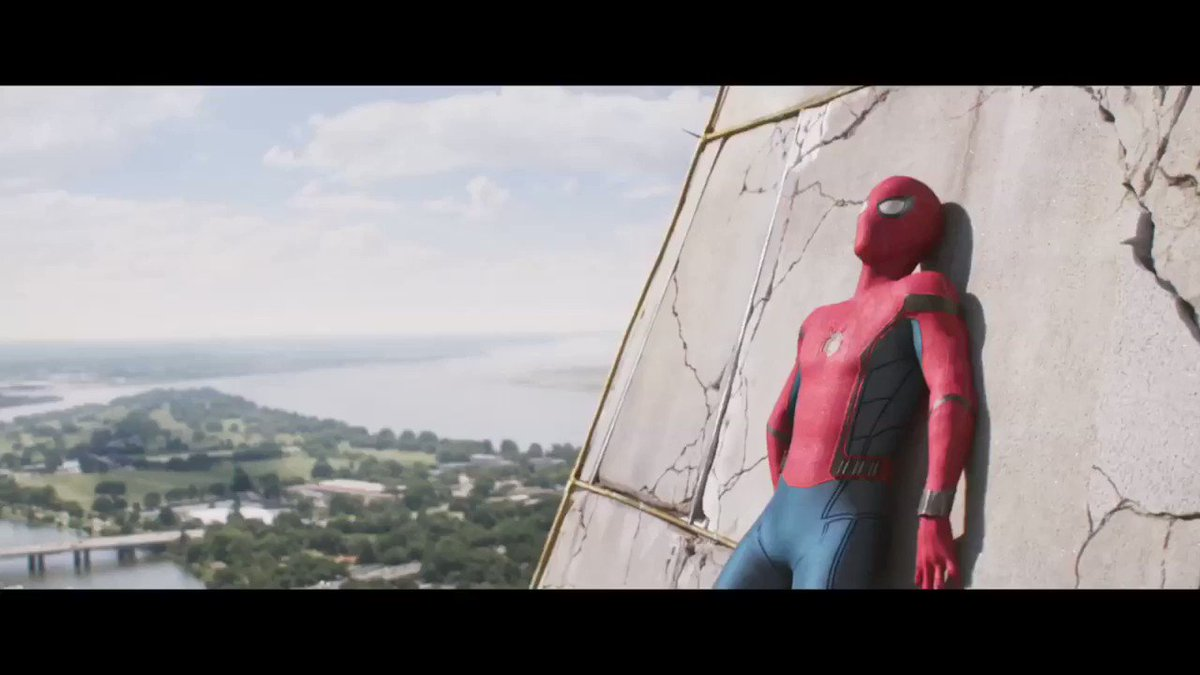 Here's a sneak peek at #SpiderManHomecoming! https://t.co/RpBpCI3sdO