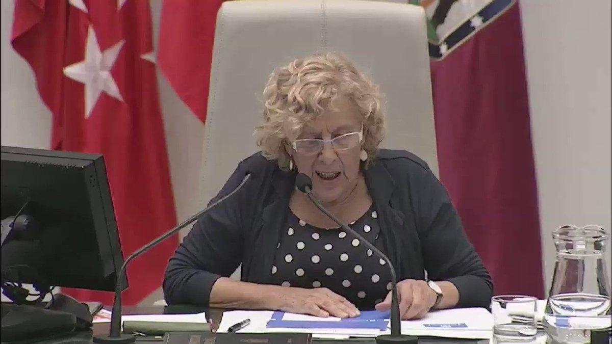 .@ManuelaCarmena habla sobre las #QuerellasdeHumo del PP. Los propios...