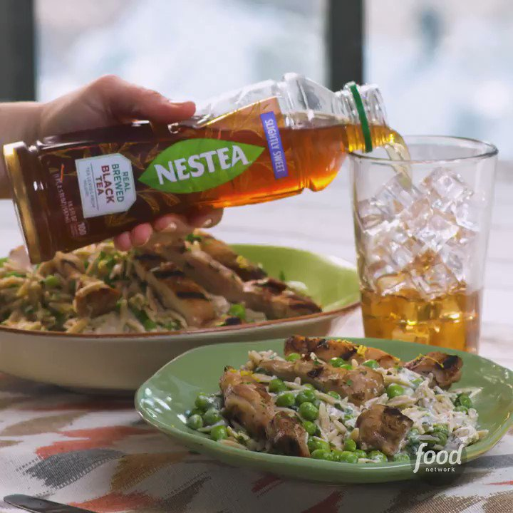 Hungry? @FoodNetwork whipped up a delicious recipe for Grilled Chicken with Creamy Lemon Pepper Orzo to pair with our refreshing #NewNESTEA! https://t.co/kZQJr2xjIe