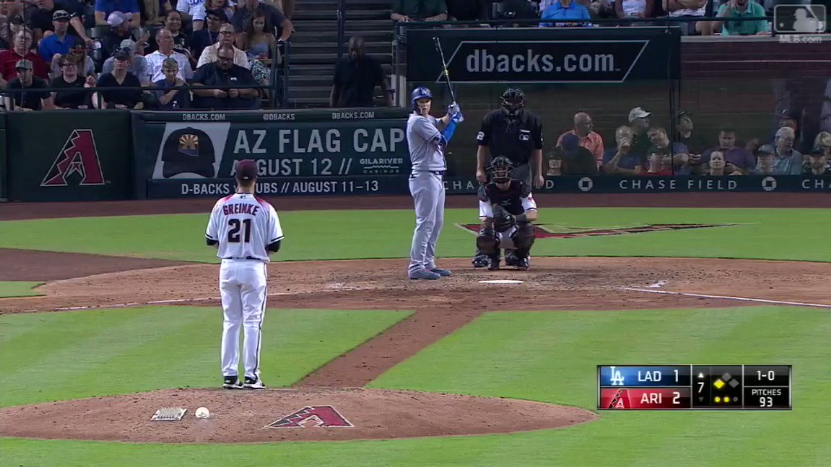33rd comeback win?   Sounds about right. ��  #ComebackDodgers   #LetsGoDodgers https://t.co/AGOlMMTDSe