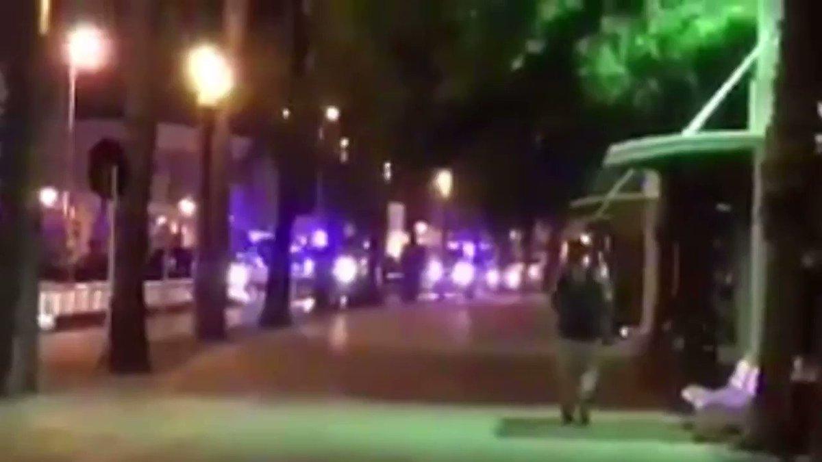 Barcelone, Cambrils... L'Espagne frappée par le terrorisme deux fois e...